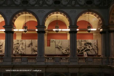 Галерея Большого выставочного зала. 2009.01.22.