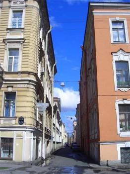 Улица Репина. 2007.05.05.