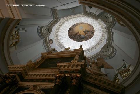 Плафон купола церкви в Михайловском (Инженерном) замке. 2010.08.22.