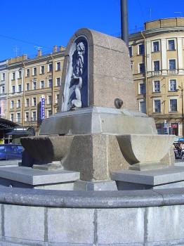 Фонтан на Сенной площади. 2007.07.17.