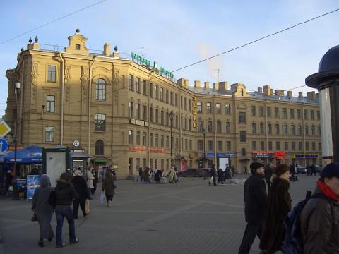 Садовая ул., 40. 2005.12.04.