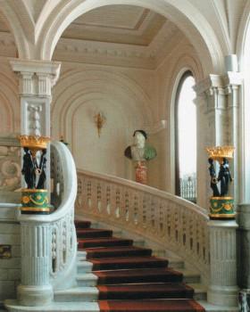 Парадная лестница. после 2006 года.