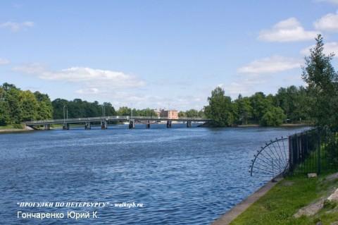 Гончаренко Ю.К., 1-й Елагин мост.