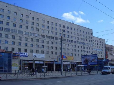 Политехническая ул., 17 (ст. м. Площадь Мужества). 2007.04.14.