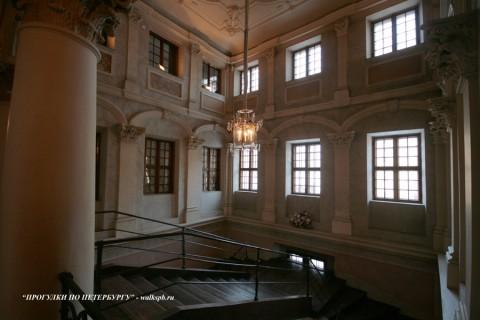 Парадная лестница в Меншиковском дворце. 2009.01.24.