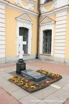 Чернега А.В., Могила Иоанна Кирикова. 10.06.2012.
