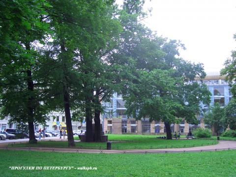 Воронихинский сквер.