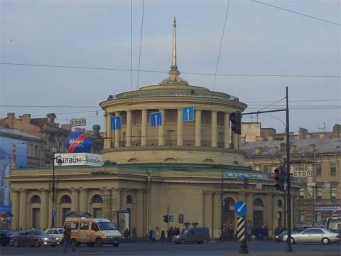 Вестибюль ст. м. Площадь Восстания. 2005.12.11.