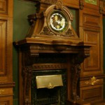 Камин кабинета дома Г. П. Елисеева