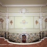 Парадная лестница во дворце Белосельских-Белозерских
