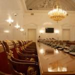 В Зале заседаний Сената