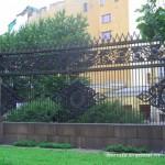Ограда Воронихинского сквера