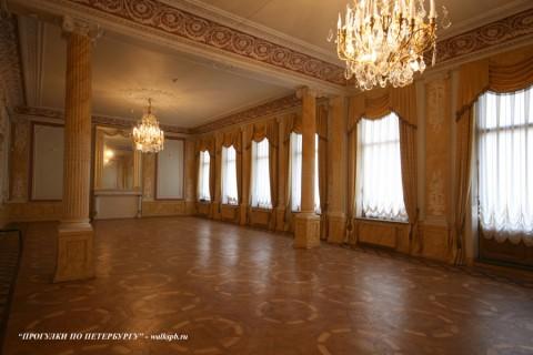 Музыкальный зал в особняка Н. П. Румянцева. 2008.04.05.