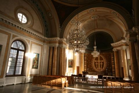 Зал Армянской церкви святой Екатерины. 2008.02.18.