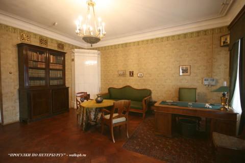 Кабинет в квартире А. А. Блока. 2008.04.06.
