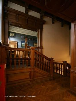 Лестница в особняке Гагариной. 2010.06.12.