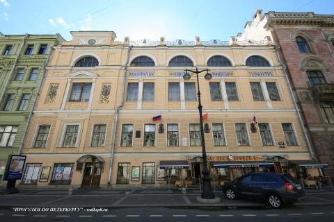 Чернега А.В., Большая Морская ул. 38. 22.07.2012.