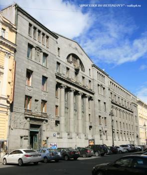Чернега А.В., Здание Азовско-Донского банка. 22.07.2012.