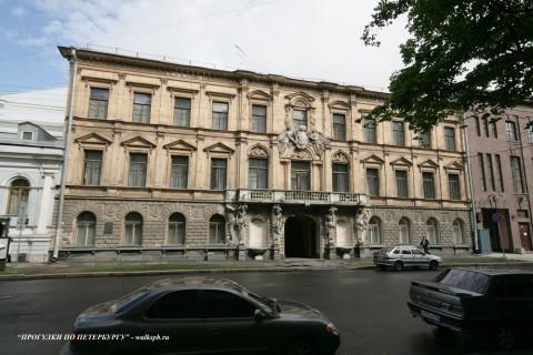 Чернега А.В., Большая Морская ул. 43. 12.06.2012.