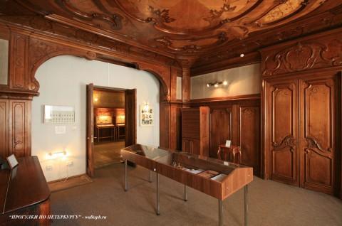 Комната в доме Набоковых