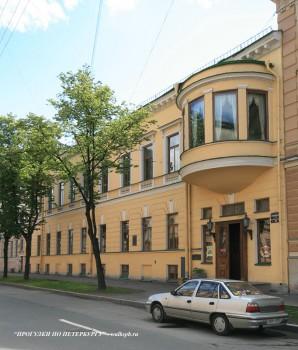 Чернега А.В., Большая Морская ул. 52. 22.07.2012.
