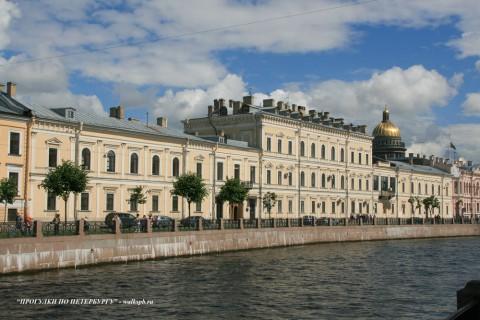 Чернега А.В., Большая Морская ул. 61. 22.07.2012.