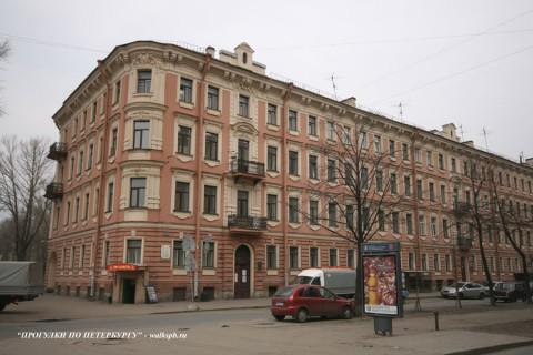 ул. Декабристов, 57. 2008.04.06.
