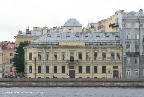 Чернега А.В., Дворцовая наб. 22. 15.07.2012.