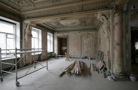 Чернега А.В., Танцевальный зал в доме Г. П. Елисеева. 2011.11.19.