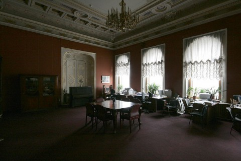 Красная гостиная. 2011.04.09.