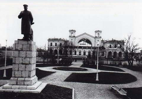 Неизвестный фотограф, Площадь у Балтийского вокзала до постройки станции метро. 1949.
