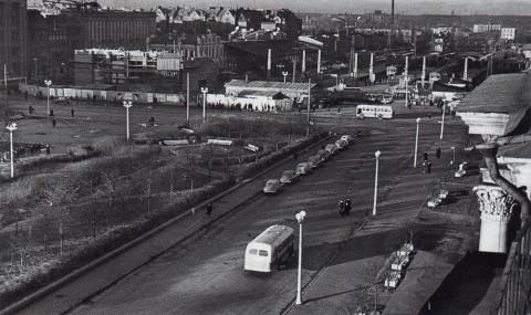 Лавут С., Строительство станции метро и нового здания Финляндского вокзала. 1957.