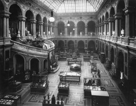 Фотоателье Буллы, Большой зал музея при Центральном училище технического рисования барона А. Л. Штиглица. 1904.