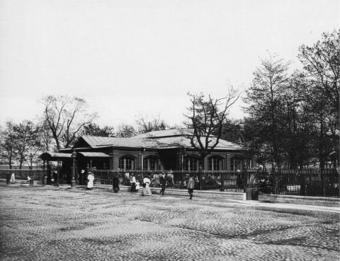 Булла К. К., Вид домика императора Петра I на Петровской набережной. 1900-е.
