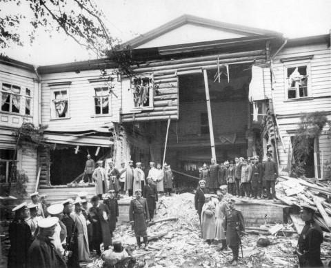 Дача П. А. Столыпина на Аптекарском острове после взрыва. 12.08.1906.