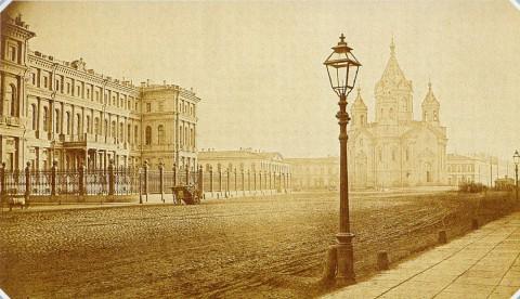 Неизвестный фотограф, Николаевский дворец на Благовещенской площади. 1880-е.