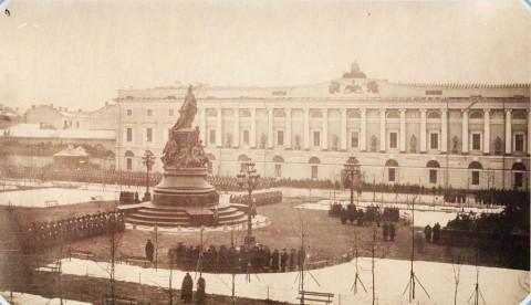 Каменский Е., Открытие памятника Екатерине II на Невском проспекте 24 ноября 1873 года. 24.11.1873.
