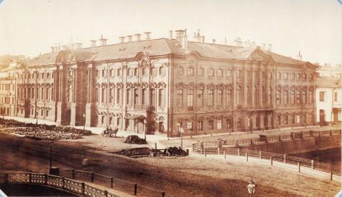 Строгановский дворец на Невском проспекте. 1860-е.