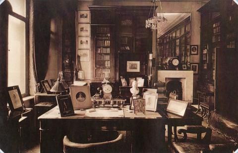 Неизвестный фотограф, Кабинет Д. Н. Шереметева во дворце на Фонтанке. 1900-е.