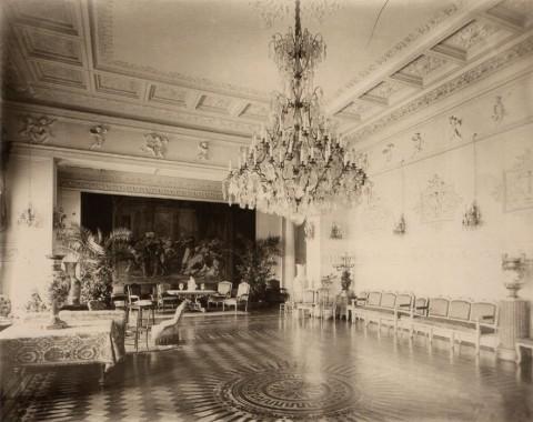 Здание французского посольства. Большой зал. 1909.