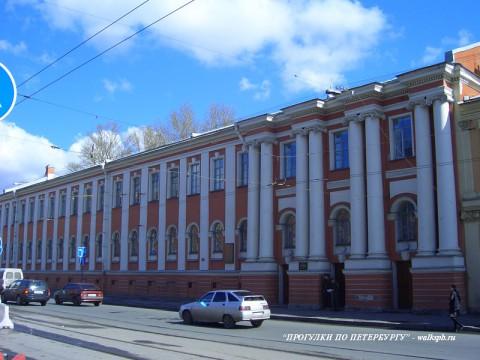 Здание Первого кадетского корпуса. 2007.05.05.