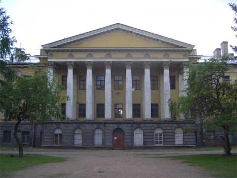 Здание госпиталя Преображенского полка. 2006.06.20.