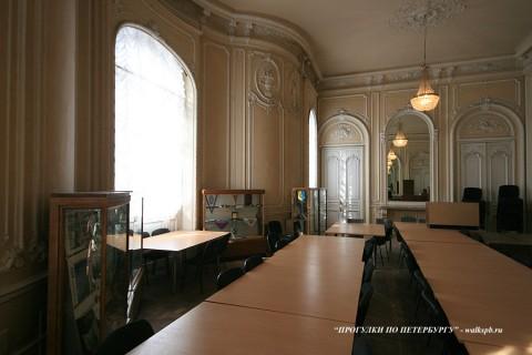 Зал в особняке О. В. Серебряковой. 2009.03.21.