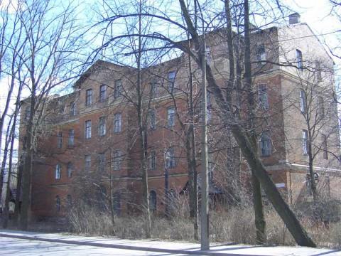 Институтский пер., 5/4. 2007.04.14.