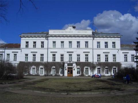 Здание Лесотехнической академии. 2007.04.14.