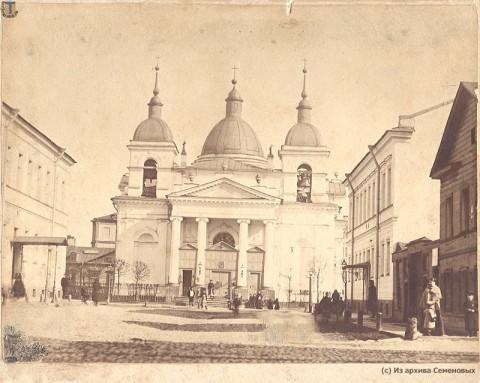 Церковь Рождества Христова на Песках. Западный фасад. 1880-1895.