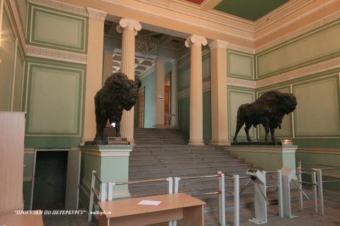 Вестибюль в доме И. В. Пашкова. 2009.02.13.
