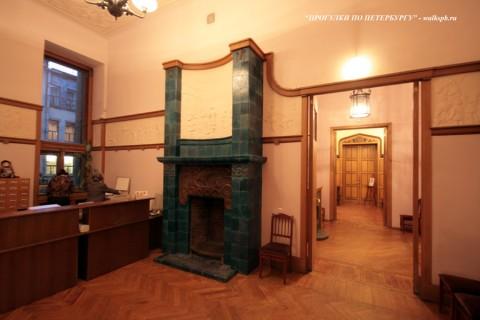 Комната в доме Ф. Г. Бажанова. 2009.02.02.