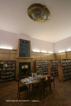 Зал в доме Ф. Г. Бажанова. 2009.02.02.