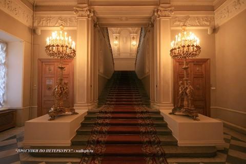 Парадная лестница в Мариинском дворце. 2009.03.05.
